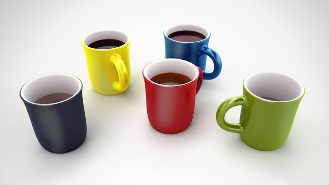 5 coffee mugs of different colors